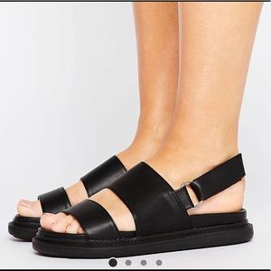 Chunky sandals!